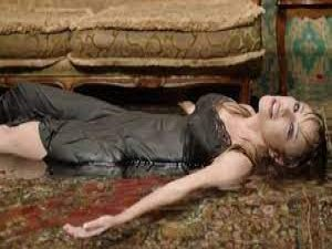 Türkücü Ceylan, 6 saat suda kalınca hastanelik oldu