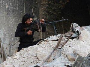 Halep'te 50 rejim askeri öldürüldü