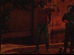 İstanbul'da eli silahlı kişiler görüntülendi!