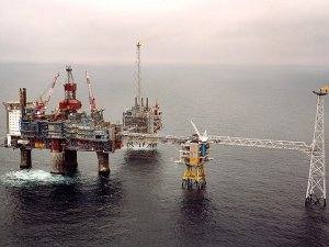 Rus ekonomisinin petrolle sınavı