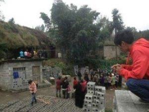 Çinli baba oğlunun cinsel organını doğradı!