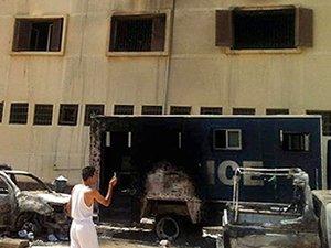 Mısır'da bombalı saldırı: 20 ölü