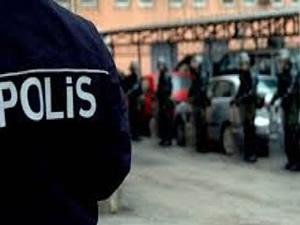 Mersin'de polise operasyon düzenlendi! 20 gözaltı!