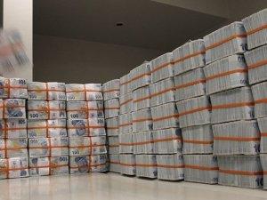 Vadeli mevduat ve BES'te 56 milyar liralık artış