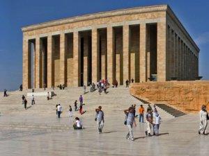 Anıtkabir'i kaç kişi ziyaret etti?