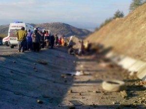 Isparta'da kaza: 15 ölü 27 yaralı