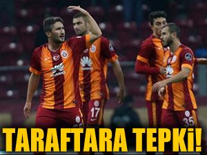 Galatasaraylı futbolculardan taraftara tepki!