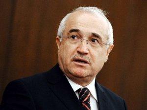 Cemil Çiçek'ten 'parti kapatma' açıklaması
