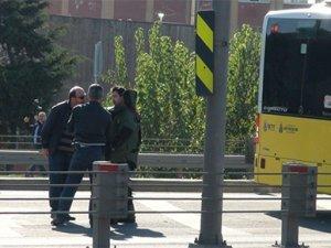 Metrobüste bomba paniği