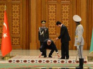Erdoğan için Türkmenistan'da resmi tören