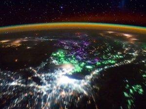 Dünya'nın görüntüsü 3 dakikaya sığdı