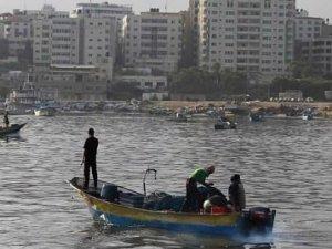 İsrail, Filistinli balıkçılara ateş açtı