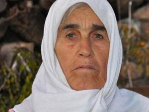 Ermenek'te mahsur kalan madencinin annesi, oğlunu bekliyor