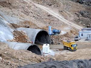 Ovit tünelinde ihmal nedeniyle çalışmalar durduruldu