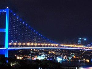 Boğaziçi Köprüsü yarın maviye bürünecek!