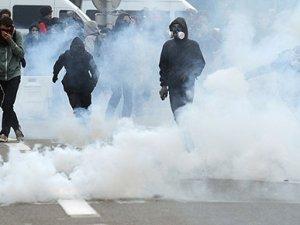 Fransa'da gaz bombası kullanımı yasaklandı