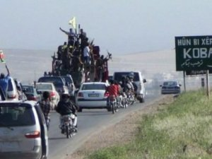 Kobani'nin yüzde 80'i YPG'de, siviller dönüyor