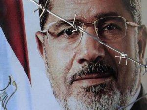 Mısır'da Mursi'nin idamını istediler
