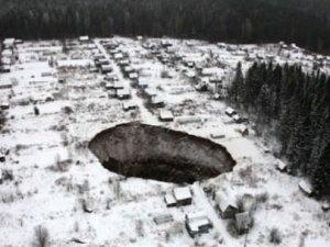 Rusya'da dev bir delik daha açıldı