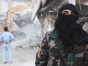IŞİD'den Esad askerlerine korkunç infaz