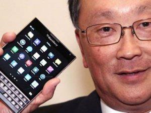 iPhone'unu getirenlere BlackBerry'den indirim