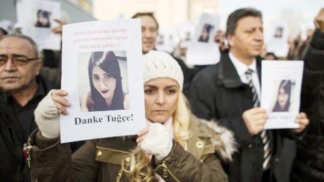Almanya Türk kızına ağlıyor!