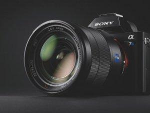Sony α7S fotoğraf makinesini tanıttı