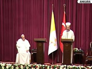 Papa Francis ve Görmez açıklama yaptı