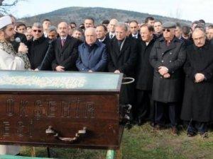 Erdoğan ve Davutoğlu cenazede neden yoktu?