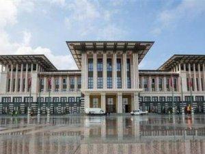 TOKİ'nin 'açıklarsak ekonomi zarar görür' dediği Ak Saray'ın maliyeti ne kadar?