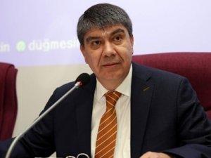 Türel Antalya'da suya yüzde 50 indirim yaptı