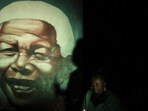 Mandela için 6 dakika 7 saniyelik ritüel