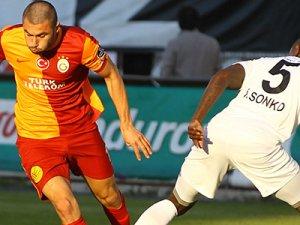 Galatasaray, Akhisar'ı konuk ediyor