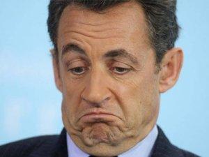 """""""Sarkozy'nin merkez sağı toparlaması zor"""""""