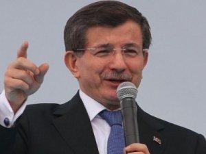 Başbakan Davutoğlu Van il kongresinde konuştu