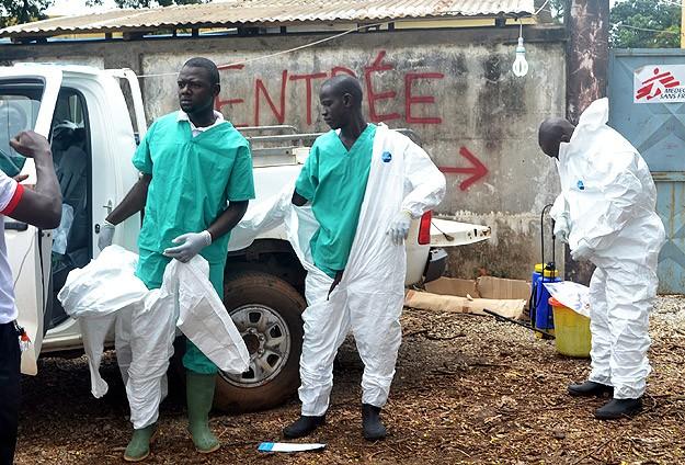 Ebola virüsü kapan 728 kişi iyileştirildi