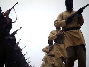 El Kaide'den IŞİD'e kafa kesme tepkisi