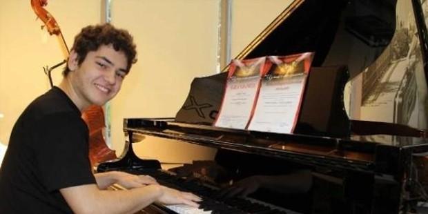 Suriyeli müzik dehası Türk vatandaşı oldu