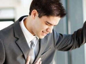 Kalp krizinde erkekler daha fazla risk altında