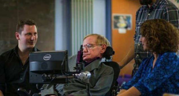 Stephen Hawking için yeni iletişim sistemi