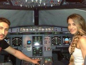 Eşine uçak alıyor
