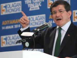 Davutoğlu'ndan Gülen'e ağır benzetme