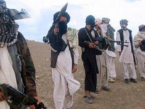 Taliban, Pakistan'da okul bastı: 100'den fazla ölü
