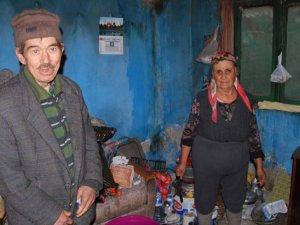 Küçük Ailesi, devletin şefkat elini bekliyor