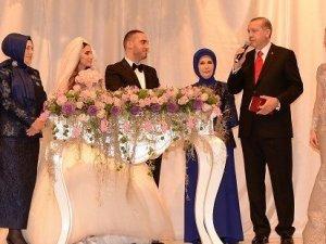 Cumhurbaşkanı Erdoğan'dan nikah töreninde ilginç sözler