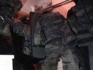 İzmir ve İstanbul'da 'dolandırıcılık' operasyonu