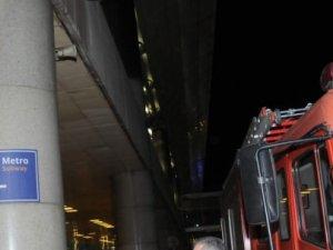 Havalimanında kedi kurtarma operasyonu