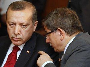 Erdoğan ve Davutoğlu arasında '4 eski bakan' çatlağı