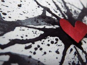 Aşk acısı zamanla geçer mi?