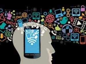 Akıllı telefonlar beyince farklılık yaratıyor